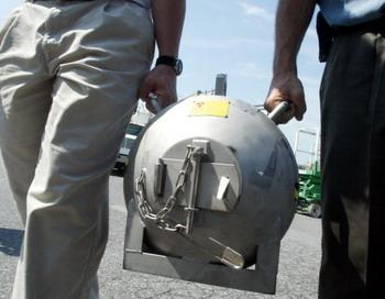 Нейтронная бомба лишилась отца . Фото: Alex Wong/Getty Images