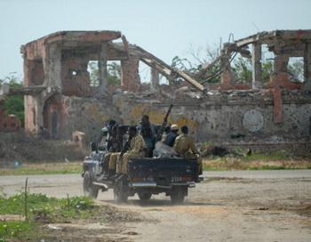 Теракт в Сомали: погибли около 100 человек. Фото: ROBERTO SCHMIDT/AFP/Getty Images