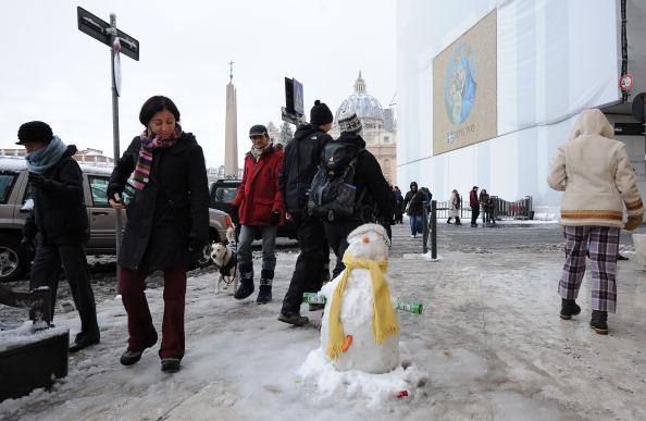 Фото: ANDREAS SOLARO, ALBERTO PIZZOLI/AFP/Getty Images