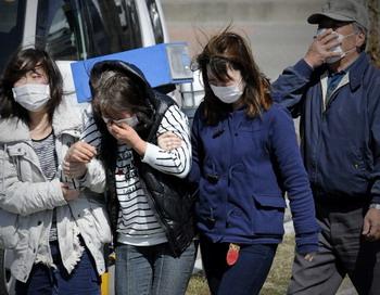 Выброс радиации с АЭС Фукусима - 5 млн кюри. Фото: PHILIPPE LOPEZ/AFP/Getty Images