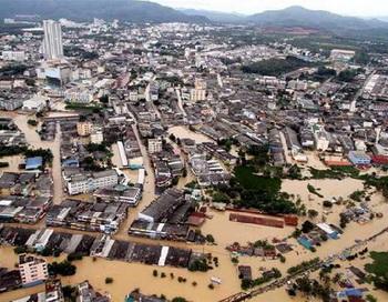 Бангкок из-за наводнения покидают тысячи жителей. Фото с сайта newsfromweb.ru