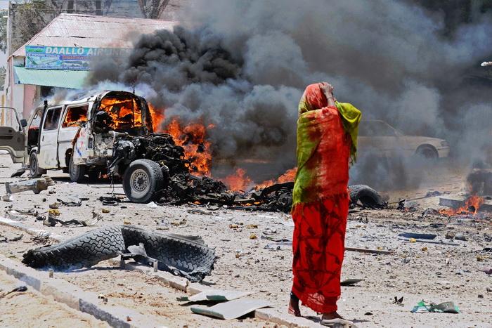 Мощный взрыв прогремел в столице Сомали, есть погибшие. Фото: Mohamed Abdiwahab/AFP/Getty Images