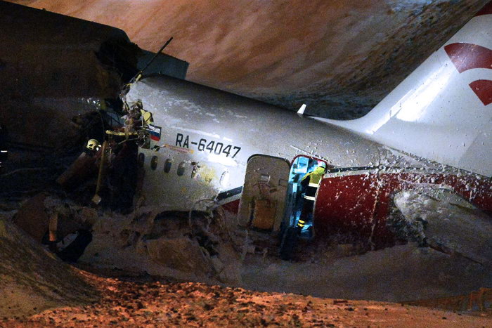 Возможной причиной катастрофы Ту-204 во «Внуково» называют неисправность тормозной системы. Фото: NATALIA KOLESNIKOVA/AFP/Getty ImagesGettyImages