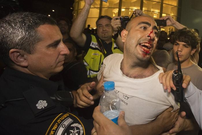После бурных социальных протестов в Тель-Авиве были арестованы 85 человек. 23 июня 2012. Фото: JACK GUEZ/AFP/GettyImages