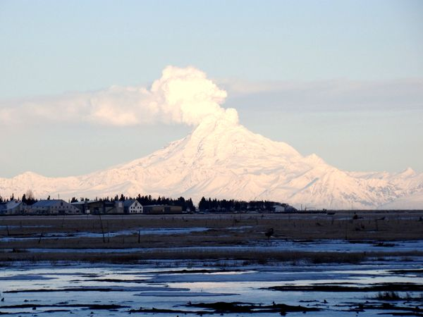 Вулкан на Аляске. Фото: Вера МЕССЕРА/Великая Эпоха (The Epoch Times)