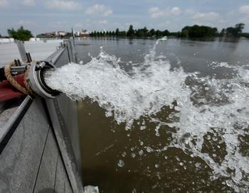 Столица Польши  под угрозой затопления.Фото: Sean Gallup/Getty Images