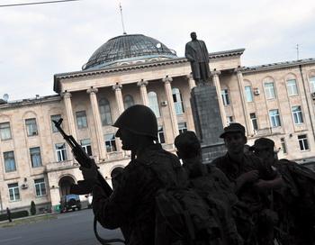Памятник Сталину демонтирован в Гори. Фото: DIMITAR DILKOFF/AFP/Getty Images