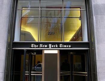 Здание The New York Times. Фото пользователя Alterego с сайта wikipedia.org