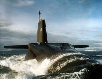 Атомная подводная лодка ВМФ Великобритании «Вэнгард», на борту которой размещены баллистические ракеты «Трайдент». Фото: LA(P) RITCHIE HARVEY/AFP/Getty Images