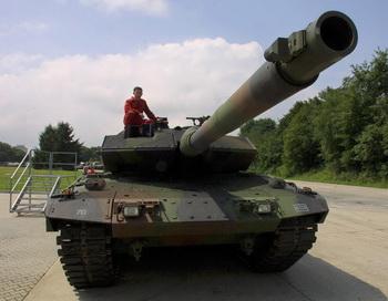 Танк «Леопард 2». Фото: SEBASTIAN WIDMANN/AFP/Getty Images