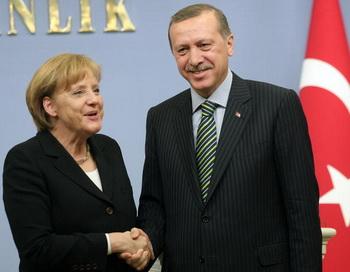 В Германии откроют школы с обучением на турецком языке