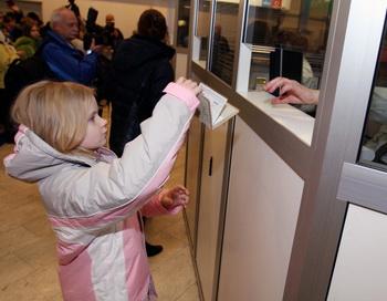 Новый визовый кодекс Шенгенской зоны вступает в силу с 5 апреля. Фото: RAIGO PAJULA/AFP/Getty Images