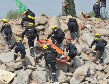 Торнадо оставил сильные разрушения на востоке Японии.Фото : AFP/Gety Images