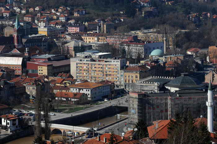 Родители новорождённых блокировали боснийский парламент. Фото: ELVIS BARUKCIC/AFP/Getty Images