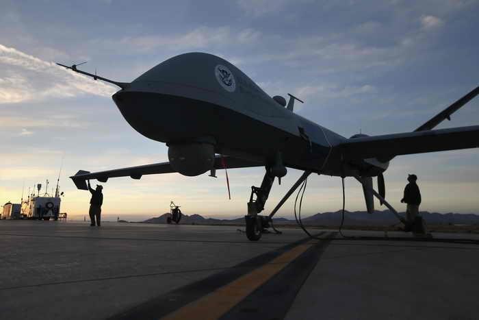 Германия задумалась о целесообразности закупки беспилотников США.Ранее правительство Германии выразило намерение приобрести ударные беспилотные летательные аппараты MQ-9 Reaper. Фото: John Moore/Getty Images