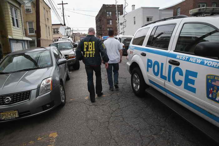 Бостон. Крупномасштабная операция полиции. Фото: John Moore/Getty Images