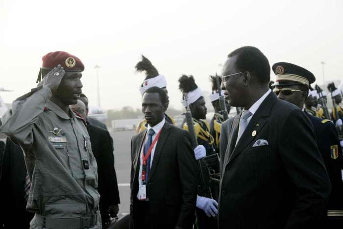 Правительство республики Чад сообщило о предотвращении попытки военного переворота в стране 1 мая.  С 1990 года Президент Республики Чад и по настоящее время является Идриссем Деби. Фото: EBRAHIM HAMID/AFP/Getty Images