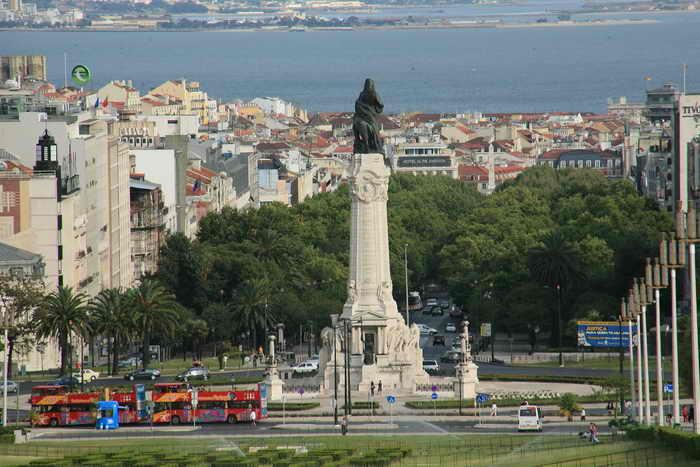 Лиссабон. Португалия хочет добиться роста экономики за счёт снижения налогов на предприятия. Фото: Bruce Bennett/Getty Images