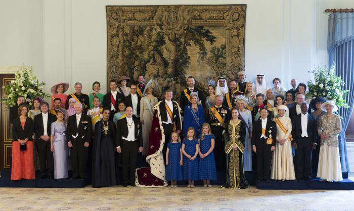 Официальная церемония приведения короля к присяге состоялась в Нидерландах. Фото: Pool/Getty Images