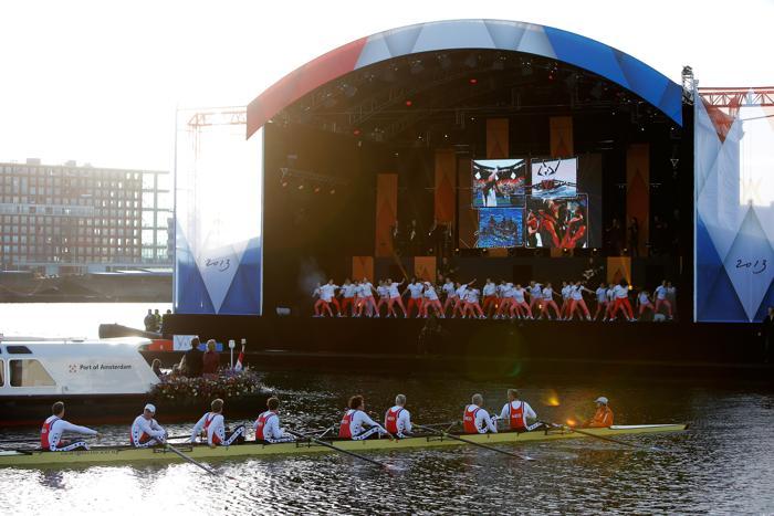 Официальная церемония приведения короля к присяге состоялась в Нидерландах. Фото: Dean Mouhtaropoulos/Getty Images