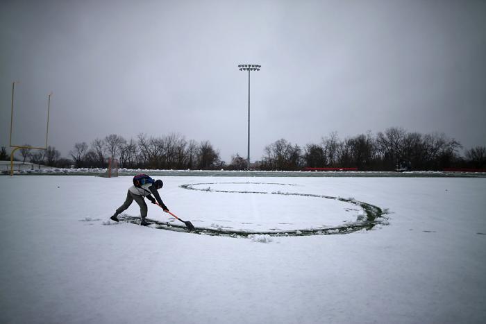 Снегопад в столице США привёл к закрытию школ и госучреждений. Фото: Mark Wilson/Getty Images