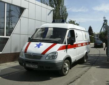 Машина скорой помощи, Украина. Фото: Alexander KHUDOTEPLY/AFP/Getty Images