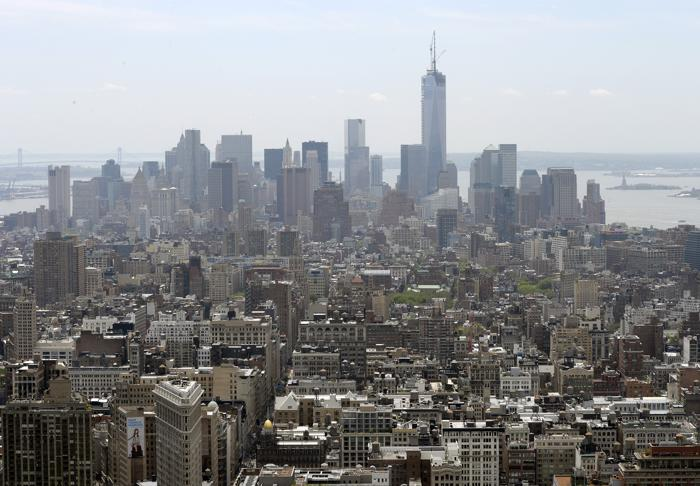 Башня свободы в Нью-Йорке достигла максимальной высоты. Фото: TIMOTHY A. CLARY/AFP/Getty Images