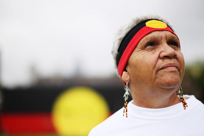 Коренная жительница Австралии Джоан Бейкер, была забрана правительством у родителей в возрасте до 3 лет. Фото: Kristian Dowling/Getty Images