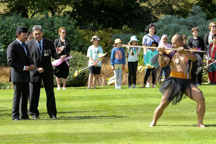 Султан Брунея посетил Новую Зеландию. Фото: Hagen Hopkins/Getty Images