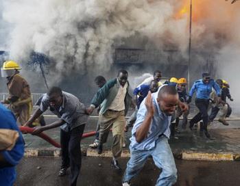 Взрыв в Найроби. Фото: ROBERTO SCHMIDT / AFP / Getty Images