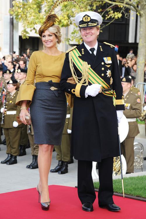 Принцесса Максима и принц Виллем-Александр на свадебной церемонии принца Гийома из Люксембурга и принцессы Стефании в Люксембурге 20 октября 2012 года. Фото: Pascal Le Segretain / Getty Images