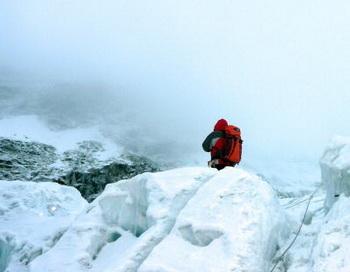 Восхождение на Эверест. Фото: PEMBA DORJE SHERPA/AFP/Getty Images