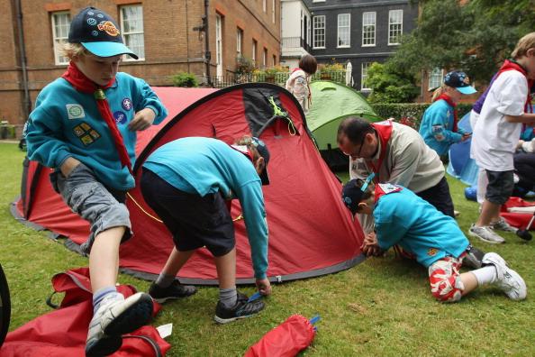 Фоторепортаж о лагере скаутов в саду премьер-министра Великобритании