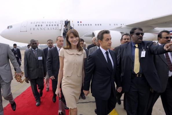 Французский президент  прибыл в Бангалор, Индия, во главе делегации бизнесменов и членов правительства. Фото: Pascal Le Segretain/Getty Images