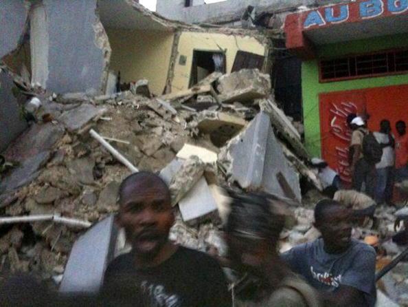 Землетрясение на Гаити. Фото: Frederic Dupoux/Getty Images