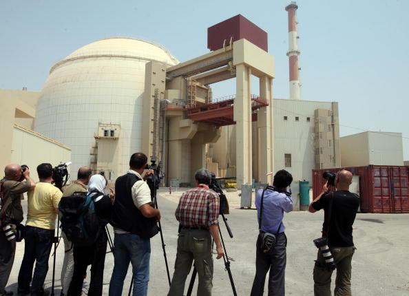 в Бушере состоялась торжественная церемония начала физического пуска АЭС. Фото: ATTA KENARE/AFP/Getty Images. Фото: ATTA KENARE/AFP/Getty Images