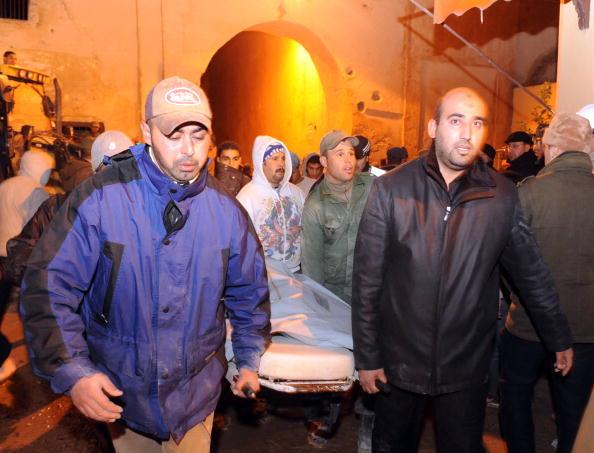 Обрушение минарета в Марокко: погибли десятки человек. Фото: ABDELHAK SENNA/AFP/Getty Images