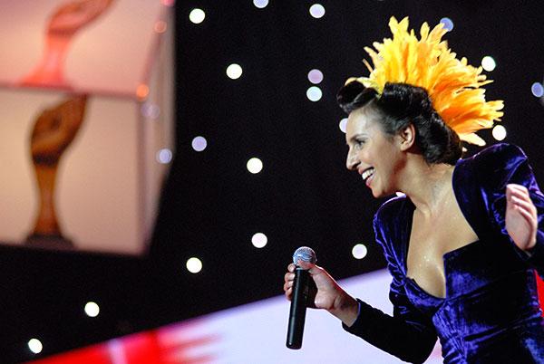 Певица Джамала получила спецпремию «Кумир украинцев» и выступила на церемонии награждения. Фото: Владимир Бородин/The Epoch Times