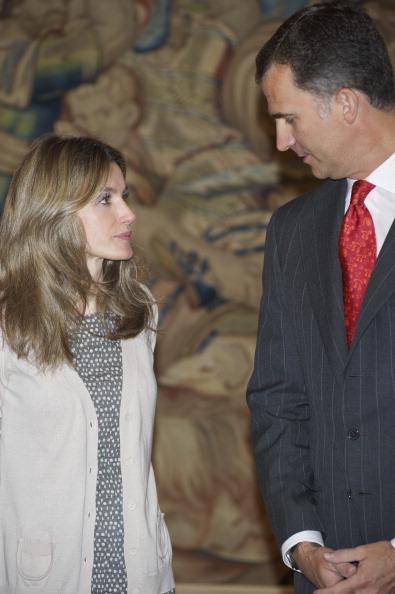 Фоторепортаж о принце Фелипе и принцессе Летиции во дворце Сарсуэла. Фото: Carlos Alvarez/Getty Images