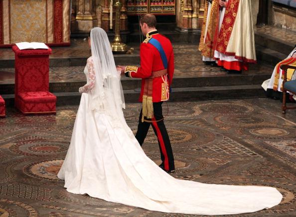 Принц Уильям и Кейт Миддлтон стали мужем и женой. Фото:WPA POOL /Dominic Lipinski/ Getty Images