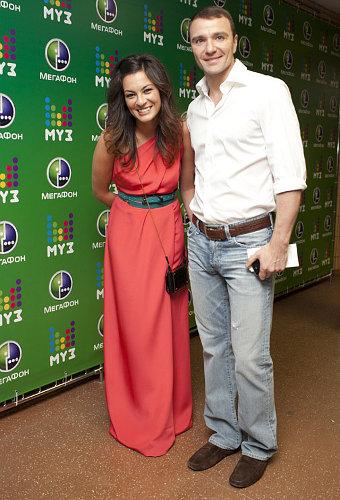 Свадьба Антона Сихарулидзе  и дочери миллиардера Яны Лебедевой назначена на сентябрь. Фото с viva.ua