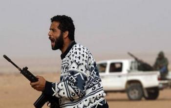 Ливийские повстанцы. Фото с ruskline.ru