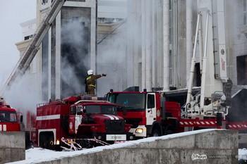 Ликвидация пожара в здании соборной мечети «Хазрет Султан» в Астане. © Дмитрий Чистопрудов/Ridus.ru