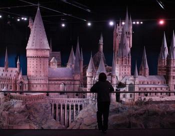 В Великобритании открылся тематический парк знаменитого волшебника из Хорвартса  Гарри Поттера. Фото: Dan Kitwood/Getty Images