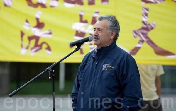 Член парламента Канады Консиглио Ди Нино.  Торонто, Канада. 22 мая 2011 год. Фото: The Epoch Times