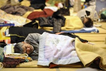 Компания 3М объявила о переводе 2,5 млн долл. в помощь пострадавшим в Японии. Фото: MIKE CLARKE/AFP/Getty Images