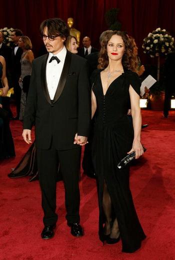 Джонни Депп и Ванесса Паради объявили о разрыве отношений. Фото:  Vince Bucci/Getty Images