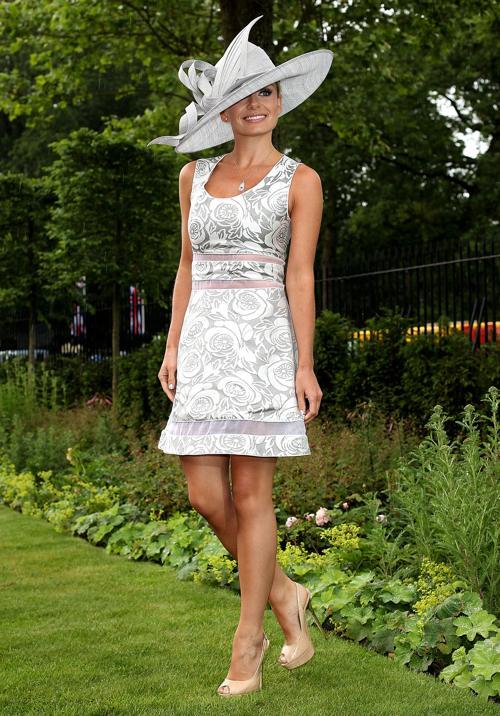 Королева Елизавета II и другие члены королевской семьи в Ladies Day на Royal Ascot-2012. Фоторепортаж. Фото: Indigo/Getty Images