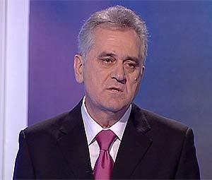 Голодовку объявил лидер оппозиции правительства Сербии Томислав Николич. Фото с сайта ru.euronews.net