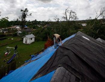 Торнадо в США унес десятки жизней. Фото: Tom Pennington/Getty Images